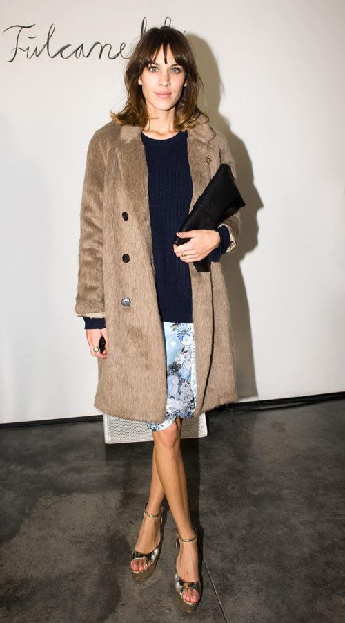 אלכסה צ'אנג מגיעה לתצוגה של ארדם. מעתה אמרו: שגרירת אופנה (צילום: gettyimages)