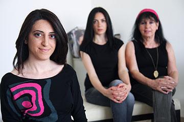 מערכת המנוהלת על ידי נשים בלבד: וידה, וריה ויארא משעור (צילום: אבישג שאר-ישוב)