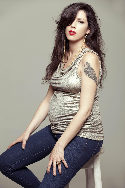 ההריון עושה לה טוב. איגי וקסמן (צילום: יריב פיין)