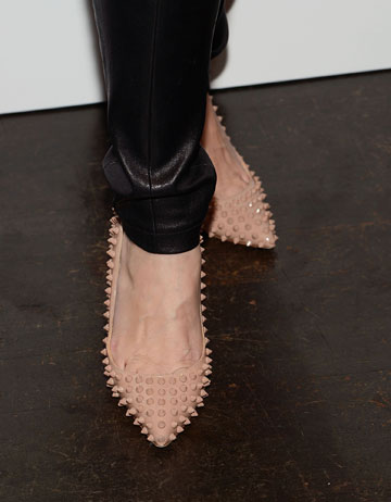 ניטים גם בנעליים (צילום: gettyimages )