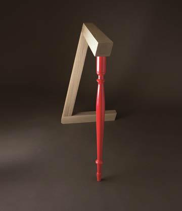 רגל אדומה בקו נשי, בעיצוב סטודיו O:O (צילום: אליתה ליוינג, עבור ROBBA EDITION)