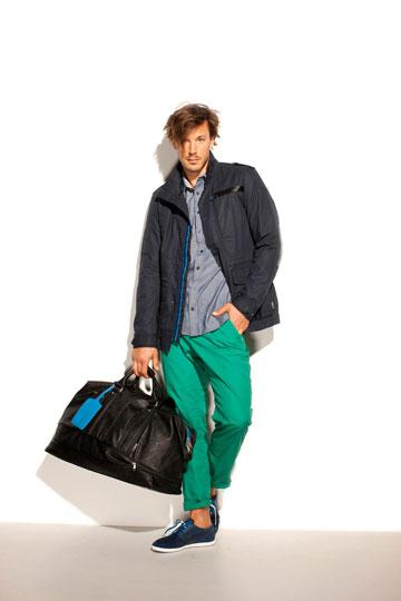 פומה. מגוון רחב של נעלי סניקרס אופנתיות ולבוש ספורטיבי וצבעוני