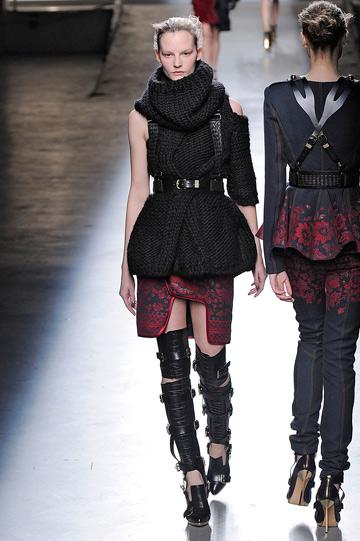 תצוגת האופנה של פראבל גורונג בניו יורק (צילום: gettyimages)