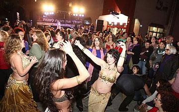 """ערבה גרזון רז: """"אנחנו צריכות לרקוד ולשמוח, לחגוג את הנשיות שלנו"""" (צילום: יוני שור)"""