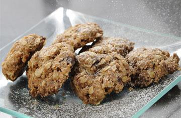 פריכות מבחוץ, רכות מבפנים. עוגיות קוואקר (צילום: דודו אזולאי)
