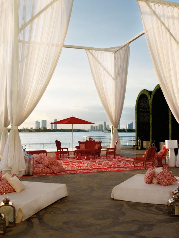 מיאמי זה כאן. מה שרואים ממלון מונדריאן (צילום: Morgans Hotel Group)