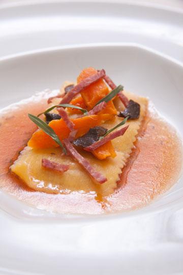 מתאים גם לעוף, דגים ואפילו לסלט. פסטה ברוטב שמן זית ועגבניות טריות (צילום: חיים יוסף)