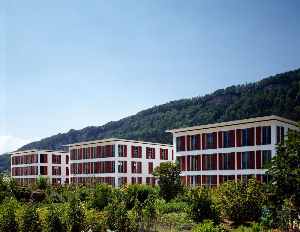 כאן ערך אברלה מחקר על 3 בנייני מגורים זהים-כמעט באוסטריה. רק אמצעי הבנייה והטכנולוגיה שונים. על התוצאות של המחקר - בגוף הכתבה (באדיבות Baumschlager Eberle Wien ZT AG)