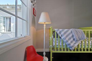 חדרו של התינוק (צילום: שי אדם)