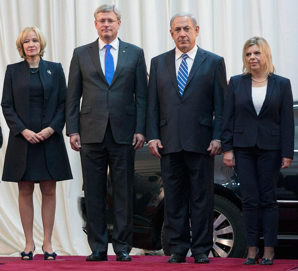 שרה ובנימין נתניהו עם ראש ממשלת קנדה סטיבן הרפר ורעייתו לורין הרפר (צילום: רויטרס)