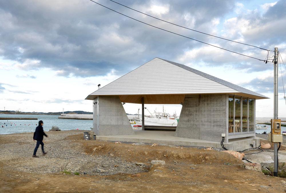 כל אדריכל או קבוצת אדריכלים בנו, יחד עם הקהילה המקומית, חלל ציבורי מקומי שמתאים לשימושים שונים. תקציב ממוצע: כחצי מיליון שקלים (צילום: photos by Jonathan Leijonhufvud)