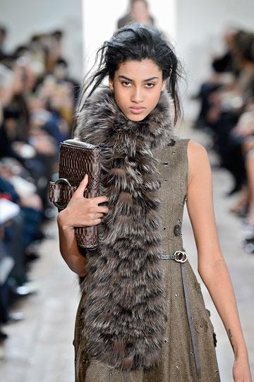 """""""יש מעברים חדים בין עולם האופנה לעולם האמיתי"""" (צילום: gettyimages)"""