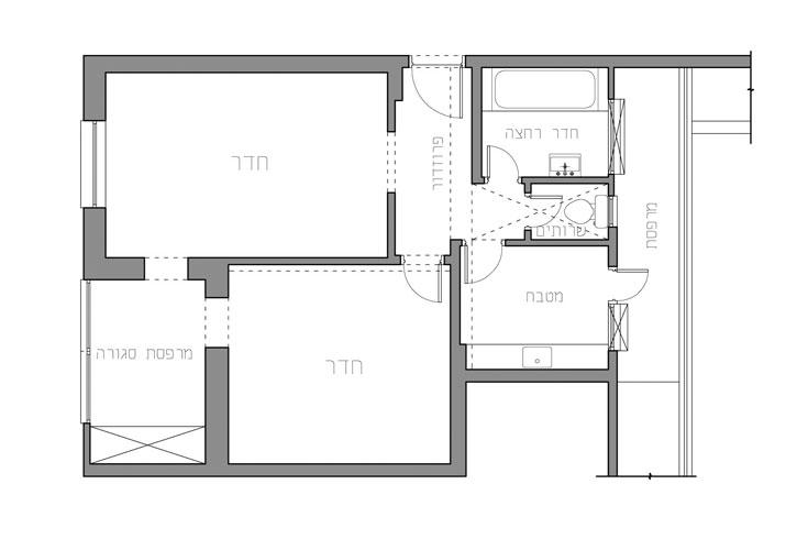 תוכנית הדירה, לפני: אל המרפסת פנו המטבח, חדר הרחצה והשירותים, מה שחסם את זרימת האוויר בדירה (תכנית: אדריכל עמיחי שרון)
