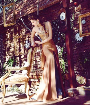 נערת ישראל דורון מטלון בשמלה של אפרת קליג (צילום: איתן טל)