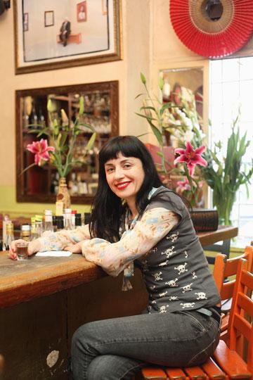 """ננה שרייר – מסעדנית ובעלת מסעדת ננוצ'קה בת""""א  (צילום: גל חרמוני)"""