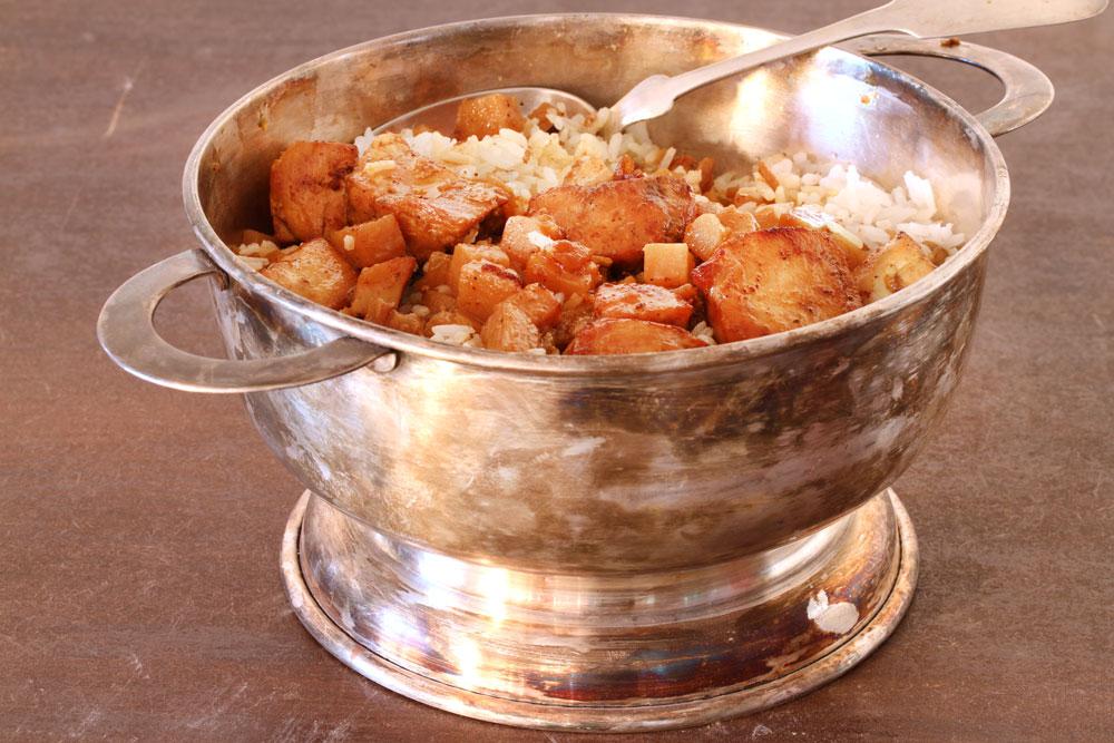 חזה עוף עם תפוחי אדמה ואורז (צילום: אסנת לסטר)