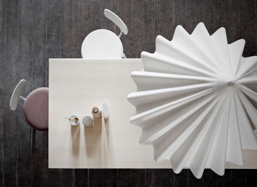 מתוך הקולציה החדשה של המותג הדני MENU: רצף אסתטי ומדויק של פריטים שעליהם חתומים מעצבים שונים, היוצרים יחד קולקציה מגובשת ושלמה (באדיבות MENU)