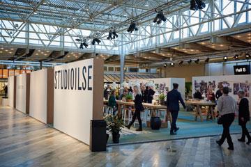 הכניסה ללאונג' שעיצב סטודיו Studioilse הלונדוני (באדיבות Stockholm furniture & light fair)