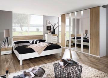 5,000 שקל למיטה, 2 שידות צד, שידת איפור ומראה. דגם ''ויקי'' של שמרת הזורע (צילום: עדי מזן)