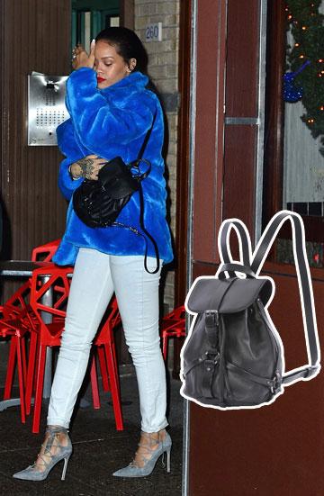 גם ריהאנה התעדכנה בעובדה שהתיק הכי נכון לעכשיו הוא תיק הגב, ולכן היא מיהרה להתאבזר באחד של דיזל (1,700 שקל) (צילום: splashnews, קמילה סימון)
