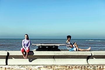 עם איתי תורג'מן וה-Surfset  (צילום: סולל פקיאל)