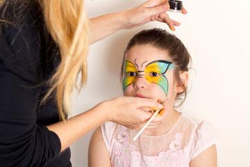 מציירים 3 פסים על האף (צילום: אלון קירה, ביה''ס לצילום)
