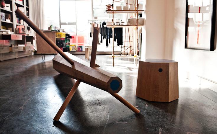 חלל שמשלב עיצוב, אופנה ואמנות (צילום: Solal Fakiel)