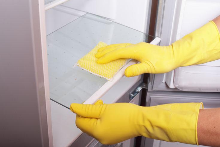 ניקוי המקרר בחומץ יעלים עובש וריחות לא נעימים (צילום: thinkstock)