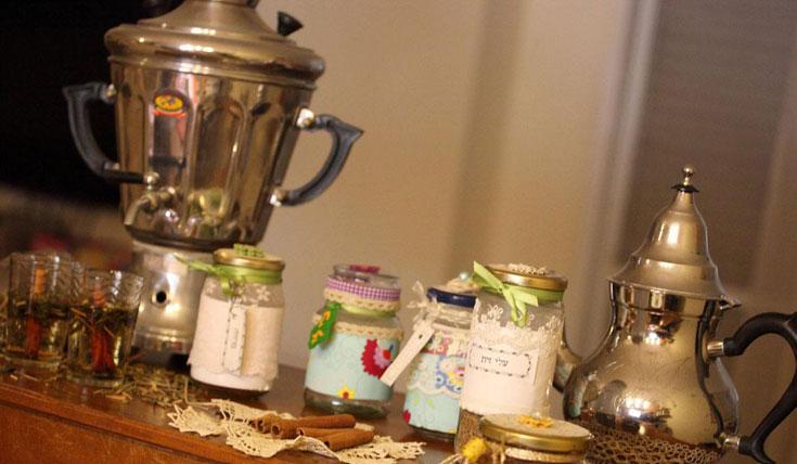 ערכת תה  תוצרת בית (צילום: מיה כרמי דרור)