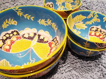 קערות קרמיקה בהשראה מקסיקנית, 330 שקלים (צילום: גילי אונגר)