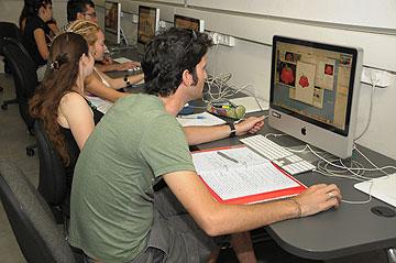 במחלקה לתקשורת חזותית של ויצ''ו חיפה
