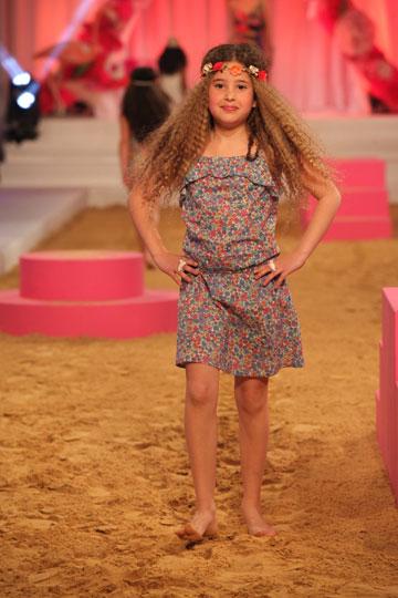 תצוגת האופנה של רשת אקססורייז. דוגמניות בוגרות, את מי זה מעניין? (צילום: אבי ולדמן)