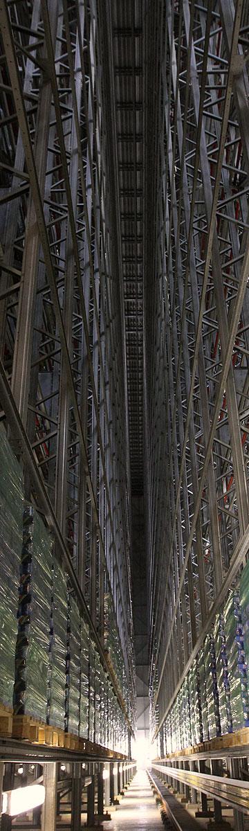 כמו קתדרלה ענקית בגובה 14 קומות (צילום: עדו ארז)