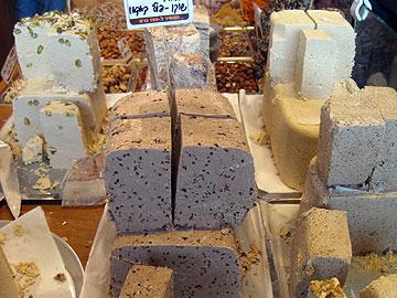 שוק האיכרים תפס תאוצה בישראל, על רקע ההתרחקות משווקים מוזנחים. חידוש השווקים העירוניים ימנע את הצורך (צילום: אריאלה אפללו)