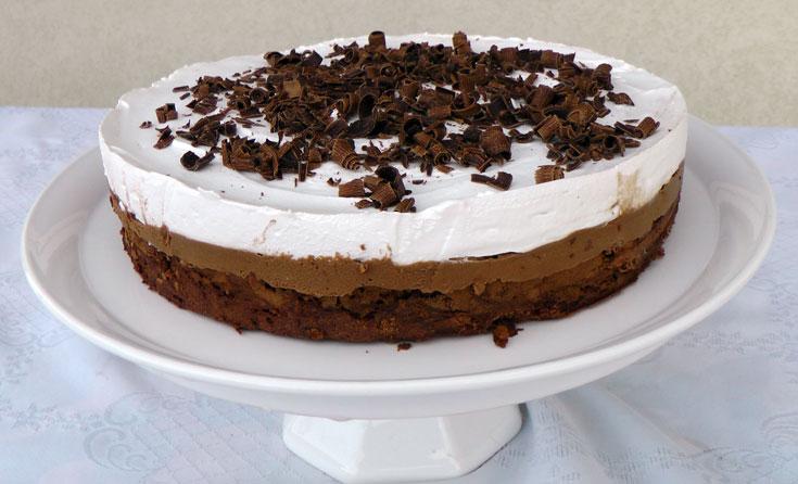 עוגת מוס שוקולד כשרה לפסח (צילום: אסנת לסטר)