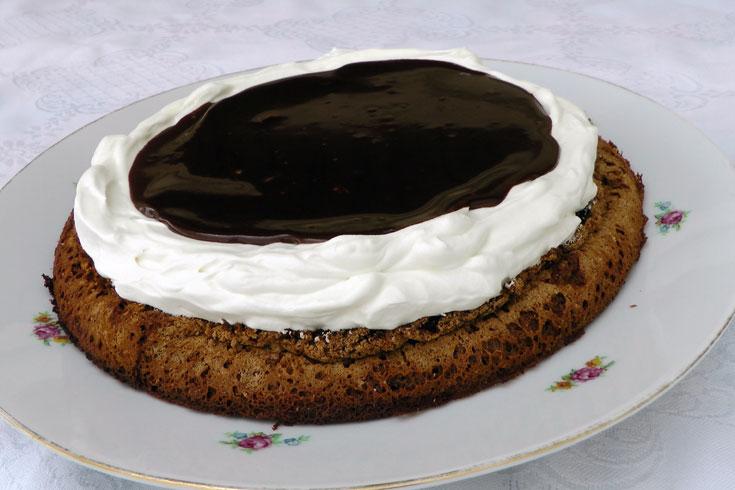 """עוגת """"קרמבו"""" כשרה לפסח (צילום: אסנת לסטר)"""