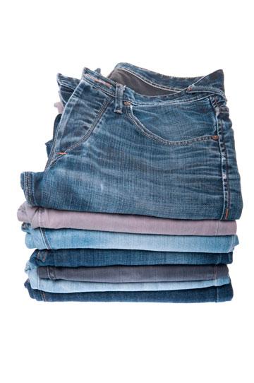 קיפול מכנסיים  באותו כיוון וצבע (צילום: thinkstock)