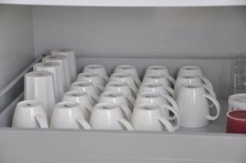 סידור כלי המטבח לפי סוגים
