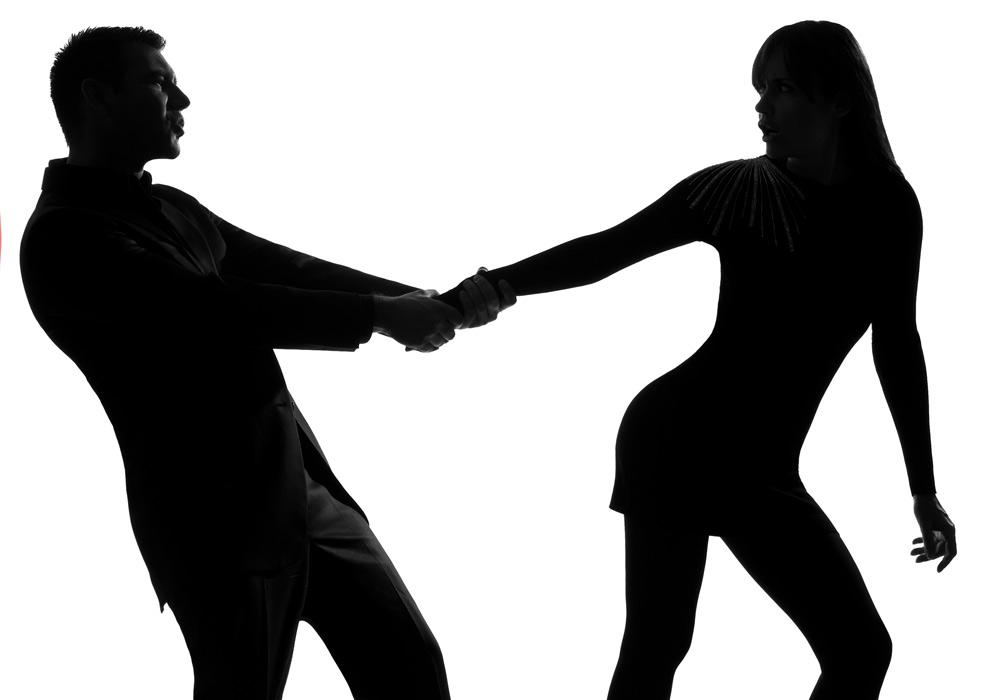 רודפים אחרי בן הזוג, נותנים לו, יוצאים מעורכם כדי לשמח אותו, להיות איתו. והוא? (צילום: shutterstock)