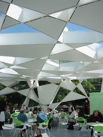 ביתן הקיץ של גלריה סרפנטיין בלונדון, 2012