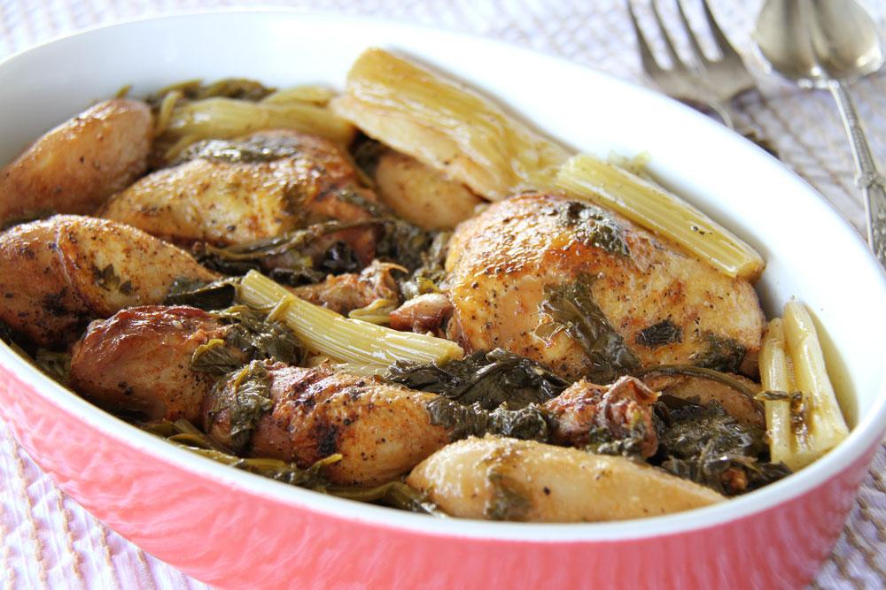 קדרת עוף עם תפוחי אדמה וסלרי (צילום: אסנת לסטר)