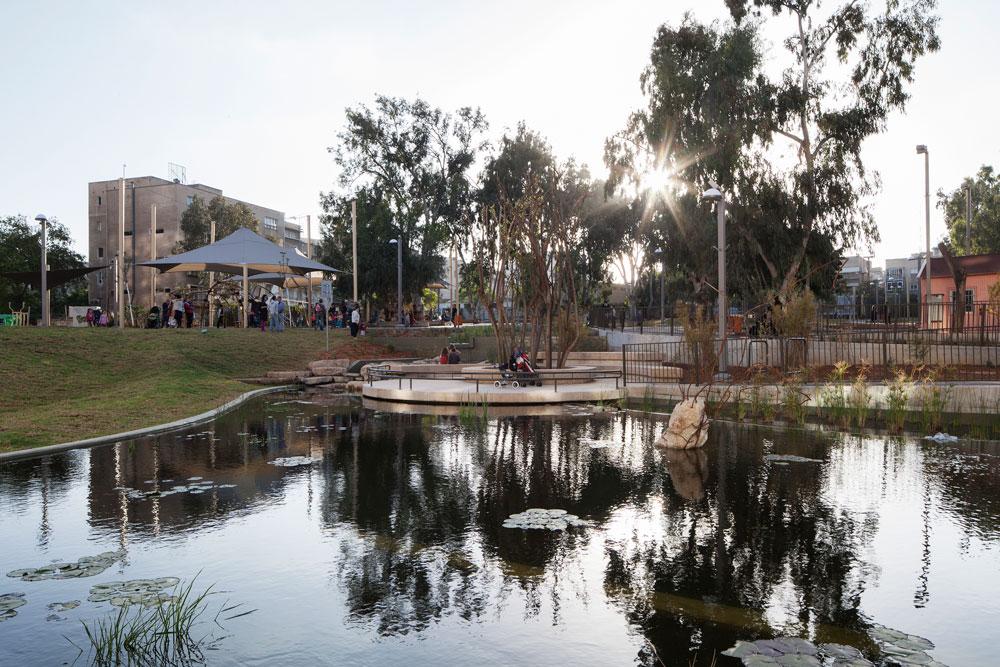 מועמד שלא זכה: אדריכל הנוף רם איזנברג על תכנון גינת קרית ספר בתל אביב (צילום: אביעד בר נס)