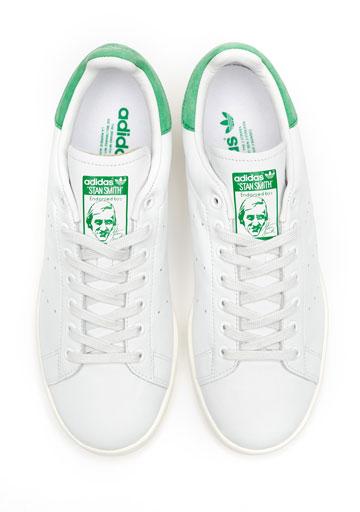 קווים נקיים וניחוח רטרו. נעלי סטן סמית' של אדידס (צילום: סטודיו אדידס)