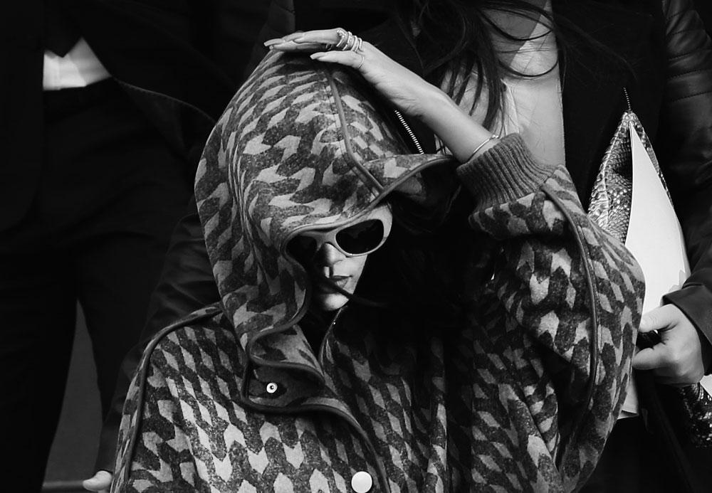 התייצבה כחיילת טובה. ריהאנה (צילום: gettyimages)