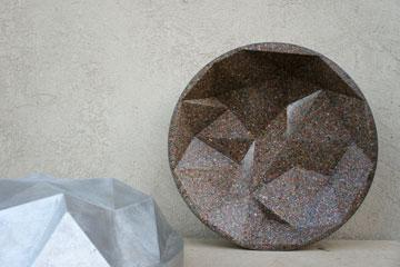 קערות משבבי פלסטיק משומשים, בעיצוב hu.be