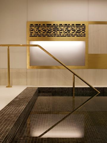 במלון הקודם, שזיכה אותה בפרס RIBA, יש שילוב של חדש וישן (צילום: ED REEVE3)