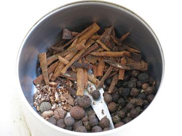 תערובת תבלינים לבהרט תוצרת בית (צילום: גלי לופו אלטרץ)