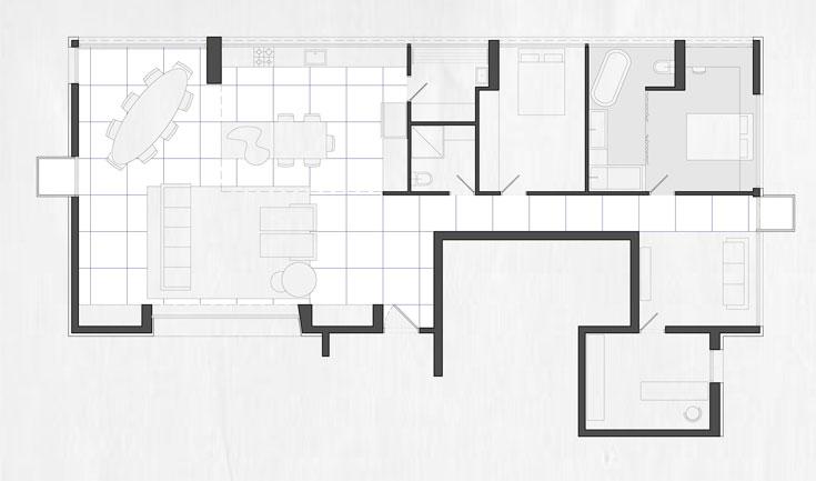 תוכנית הדירה. המסדרון שמוביל לחדרי השינה, ושמסתיים בחלון הפונה לנוף, לא היה קיים בתוכנית המקורית ונוסף בידי האדריכל בוטבול