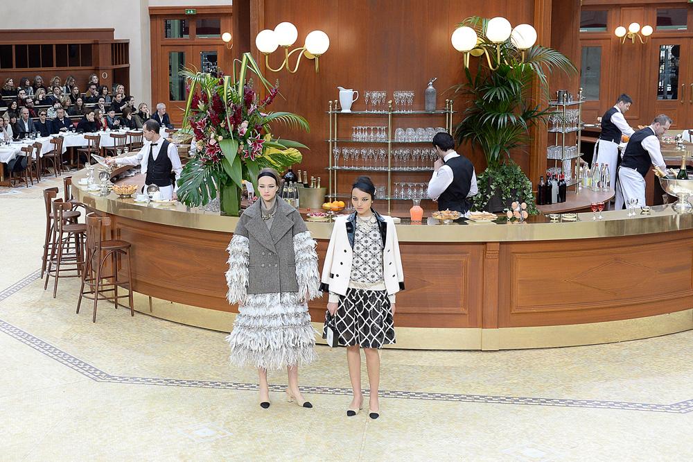 אולם הגראנד פאלה בפריז הפך לבראסרי אלגנטי. שאנל (צילום: gettyimages)