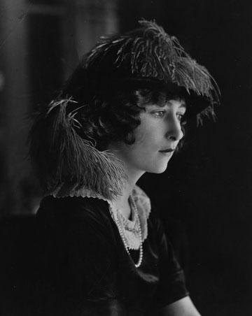רק בת 16. אשתו הראשונה מילדרד האריס (צילום: gettyimages)